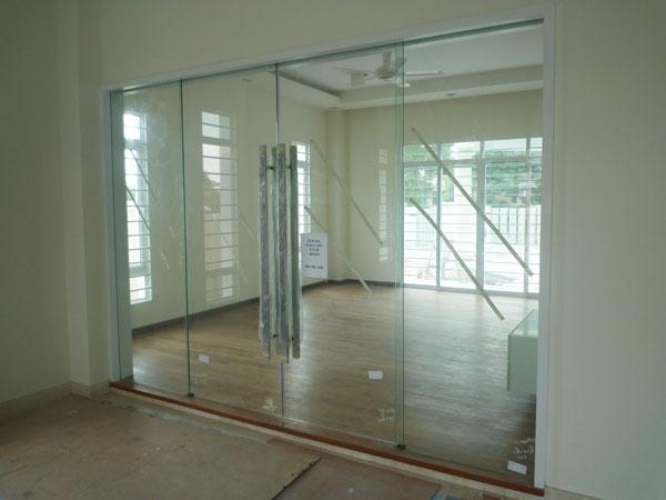 Lami Glass